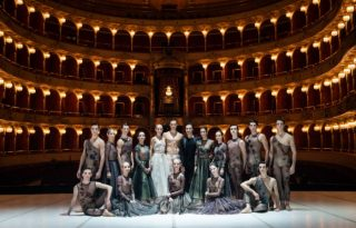 Balett-táncosok Diorban
