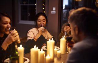 ÖKO: Gyertyafényes vacsora mentheti meg a bolygót