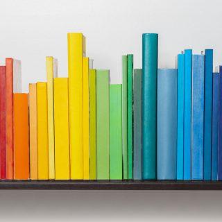 3 dolog, amit sose tegyél a könyvespolccal