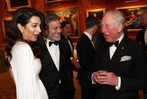 George és Amal Clooney a Buckingham palotában randiztak