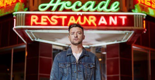 Justin Timberlake tetőtől talpig farmerban