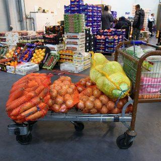 Gyümölcsadományra váltható a futás a Nagybani Piacon