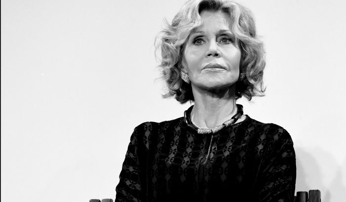 Jane Fonda 81 évesen is címlapon