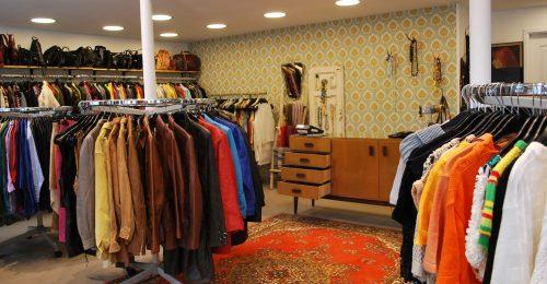 A használt ruhák nagyobb iparágat fognak kitenni, mint a fast fashion