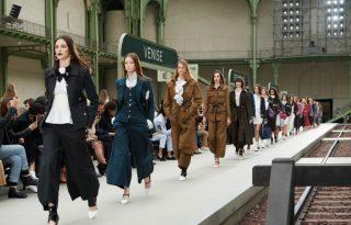 Romantikus utazásra csábít a Chanel új cruise kollekciója