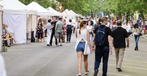 Fesztiválhangulatban a Falk Miksa utca
