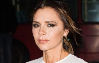 Victoria Beckham teliholdkor palackozott vízzel méregtelenít