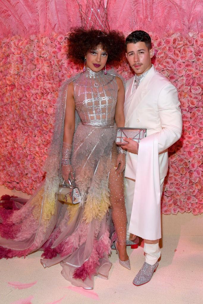 13. kép: Priyanka Chopra és Nick Jonas Dior Haute Couture-ben.
