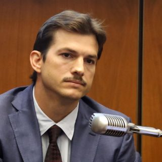 Ashton Kutcher sorozatgyilkos ellen tanúskodik