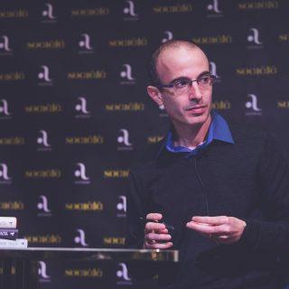 """Yuval Noah Harari: """"A szellemi szabadságunkért meg kell küzdenünk!"""""""