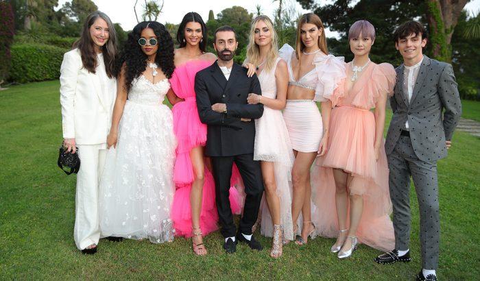 Giambattista Valli a H&M idei designer kollekciójának tervezője