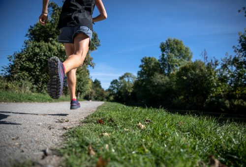 Tíz perc a futás 9000 molekulát változtat meg a testünkben