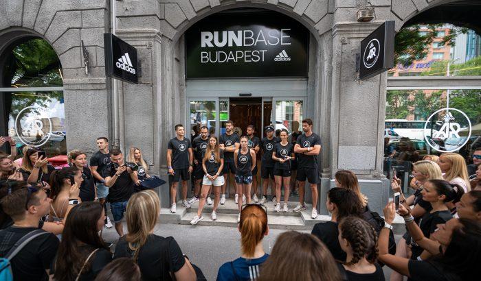 Megnyitotta kapuit a budapesti adidas RUNBASE