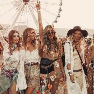 A fesztiváldivatban nincs olyan, hogy túl extrém – mutatjuk a legmenőbb újdonságokat