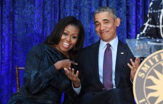 Az Obama család Clooney-ékkal nyaral