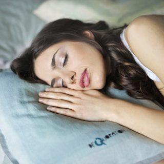 Hány óra alvás kell az egyes csillagjegyeknek?
