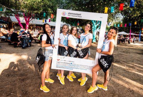 Szelfizéssel segíthetik a fesztiválozók az autizmussal élőket