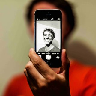 Miért őrül meg mindenki az öregítő applikációért?
