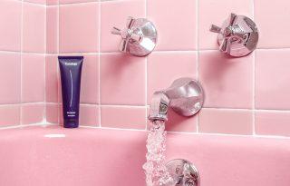 Egy nyomós érv, hogy miért ne mosd forró vízzel a hajad