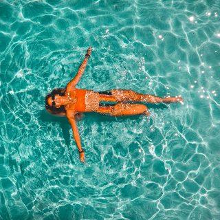 Úszás evés után: a 30 perces szabály nincs kőbe vésve