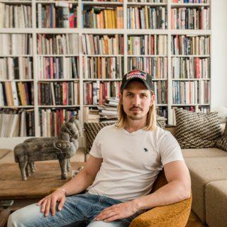 Vendégségben… Kertész Attilánál, a Position Collective tervezőjénél