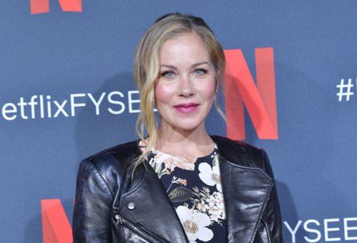 Emmy-díj: Christina Applegate kapott jelölést, Julia Roberts idén kimaradt