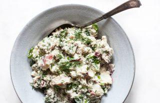 Krémes vegán krumplisaláta, a grillpartik sztárja