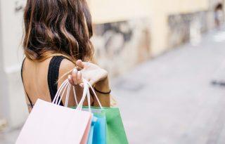 Már bűnösnek érzik magukat a nők, ha fast fashion márkától vásárolnak