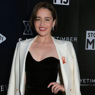 Emilia Clarke meghozza a kedvet a karácsonyhoz