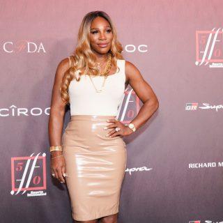 Serena Williams olyan ruhát tervezett, ami mindenkinek jól áll