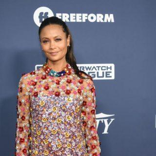 Thandie Newton virágos ruhája a nyár tökéletes darabja