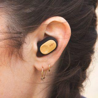 Újrahasznosított bambusz fülhallgató tudatos stílusszeretőknek