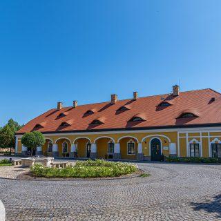 Egy nemesi kúria pazar kertjében lesz idén a SVÉT