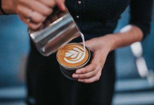 Mit rendelnek a baristák egy kávézóban?