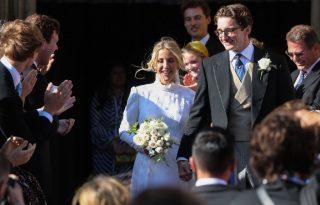 Ellie Goulding egy klasszikus, viktoriánus Chloé ruhában ment férjhez