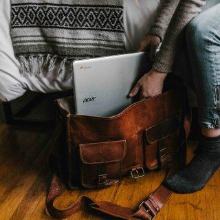 5 dolog, amit soha ne tegyünk a munkából hazatérve