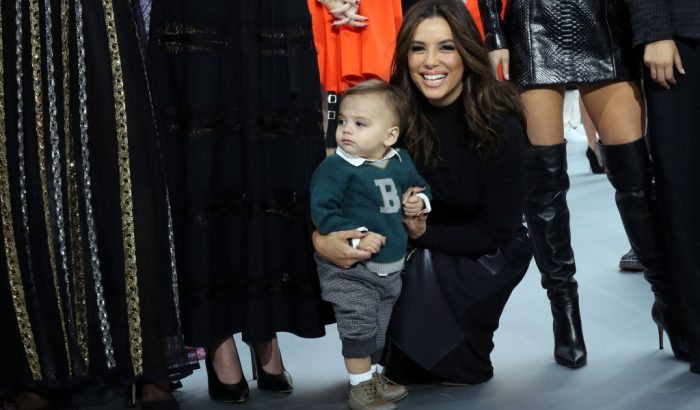 Eva Longoria kedvenc bébiszittere Harper Beckham