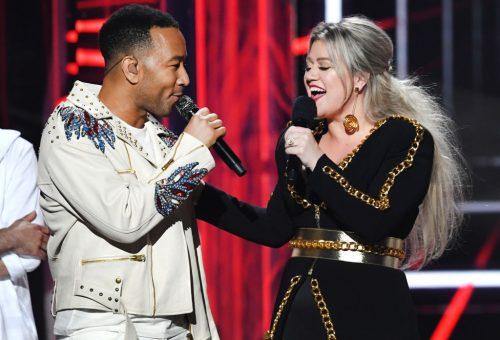 John Legend és Kelly Clarkson #MeToo-kompatibilissé tette a régi karácsonyi dalt