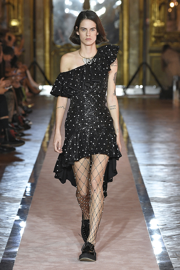 17. kép: Giambattista Valli x HM fashion show, Ready To Wear collection in Rome
