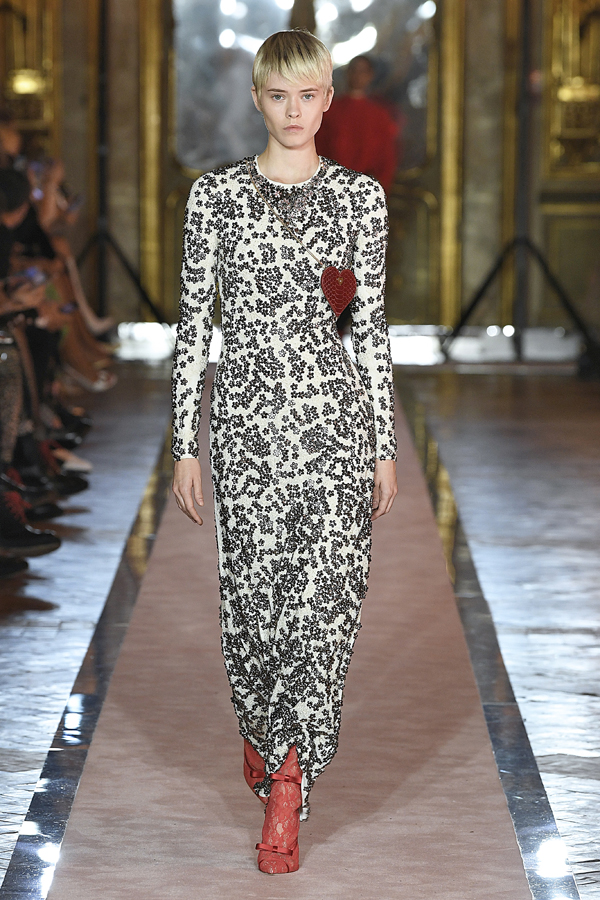 25. kép: Giambattista Valli x HM fashion show, Ready To Wear collection in Rome