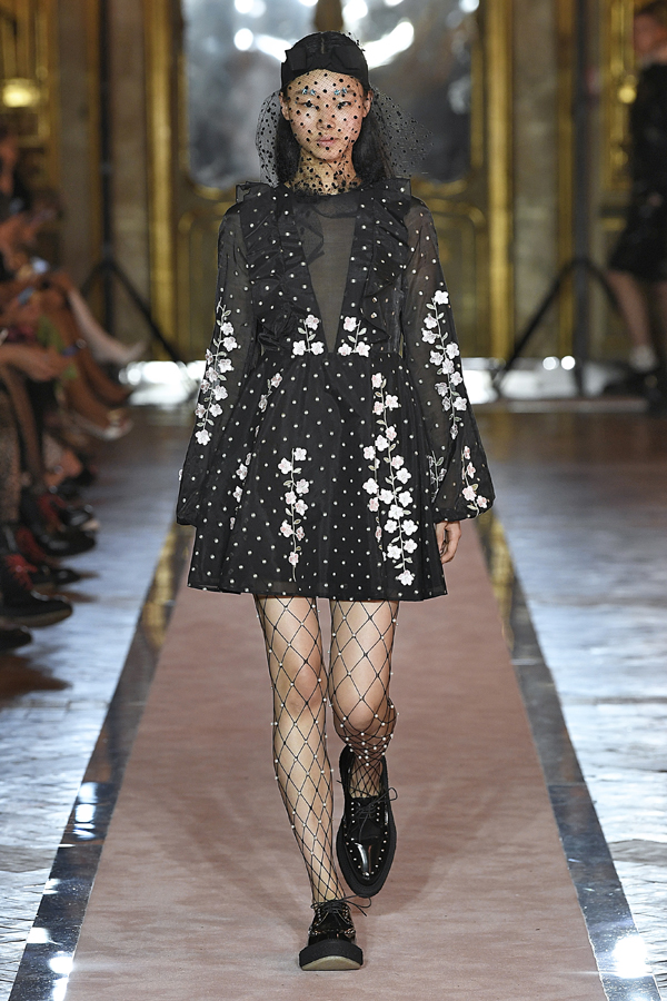 29. kép: Giambattista Valli x HM fashion show, Ready To Wear collection in Rome