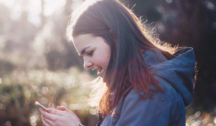 Üzenetküldés és bimbózó románc: mit szabad és mit nem?