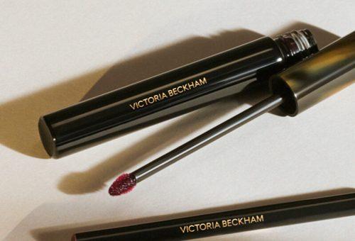 Tökéletes nude ajkakat ígér Victoria Beckham sminkkollekciója