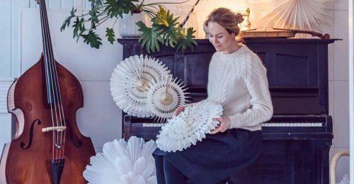 Papírvirág az idei skandináv karácsonyi trend