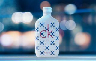 Steppelt téli kabátban jött ki a CK One gyűjtői kiadása
