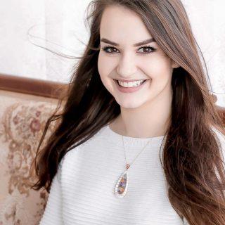 Feltörekvők: Csorba Loretta, a Fӱge környezettudatos gyerekruha márka tervezője