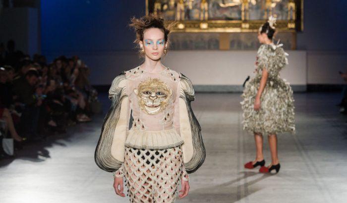 Ismerjétek meg a leghíresebb kínai divattervezőt
