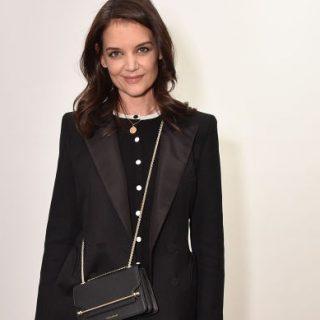 Katie Holmes bebizonyította, hogy a semi-formal is lehet nagyon csinos