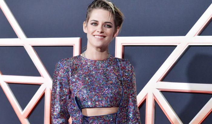 Kristen Stewart egy újból felhasznált Swarovski-kristályokból készült ruhát viselt