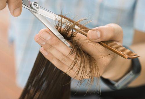 Jelképes összegért új frizura a hajvágó-maratonon